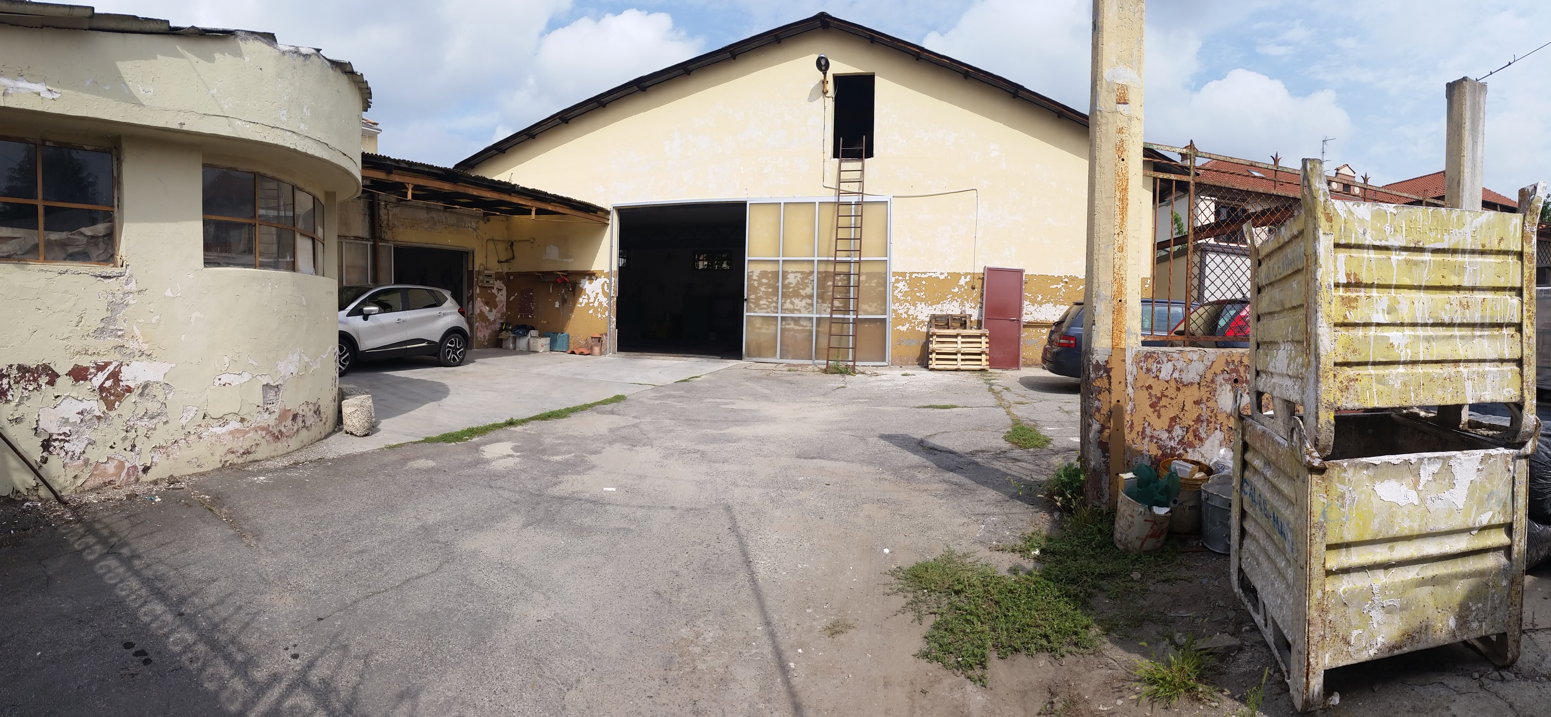 Caselle Torinese. Locale uso commerciale o terziario € 170.000