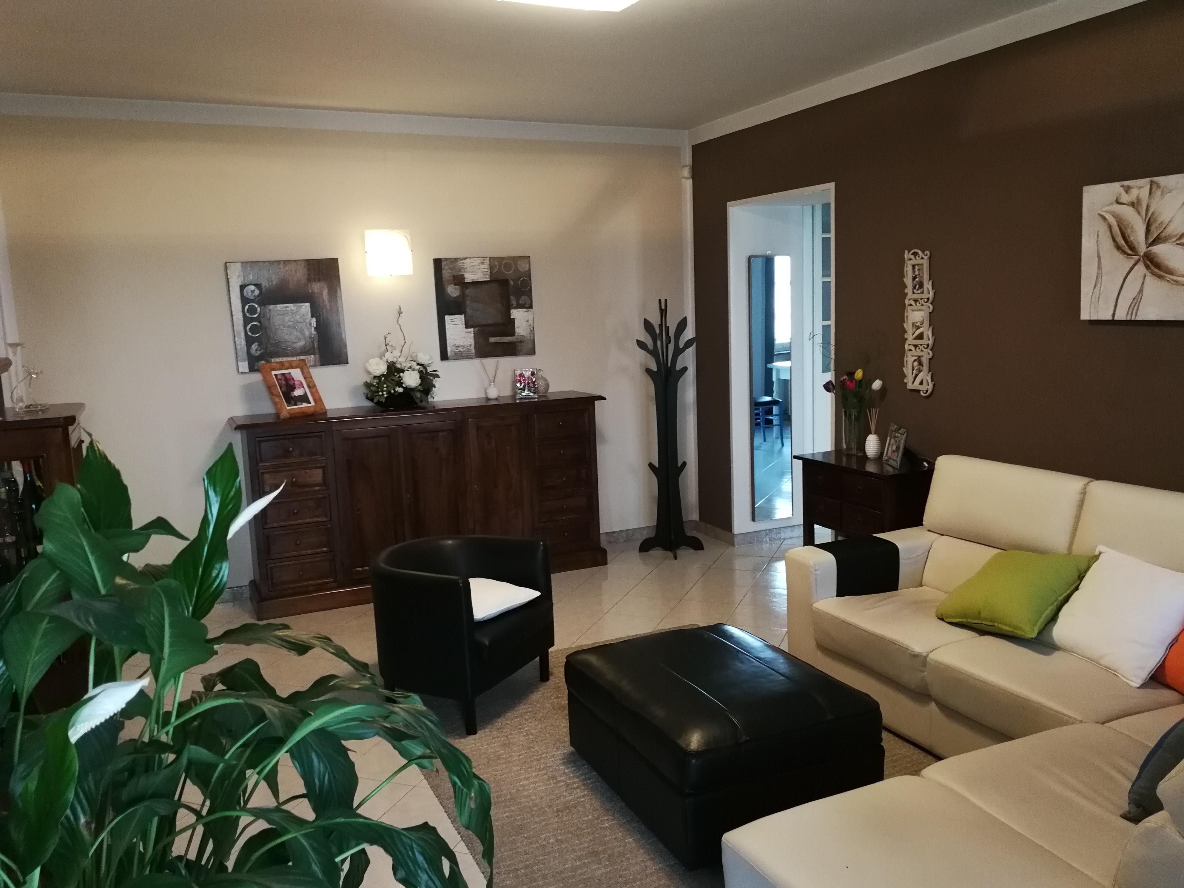 San Maurizio C.se: in casa trifamigliare alloggio con box € 177.000