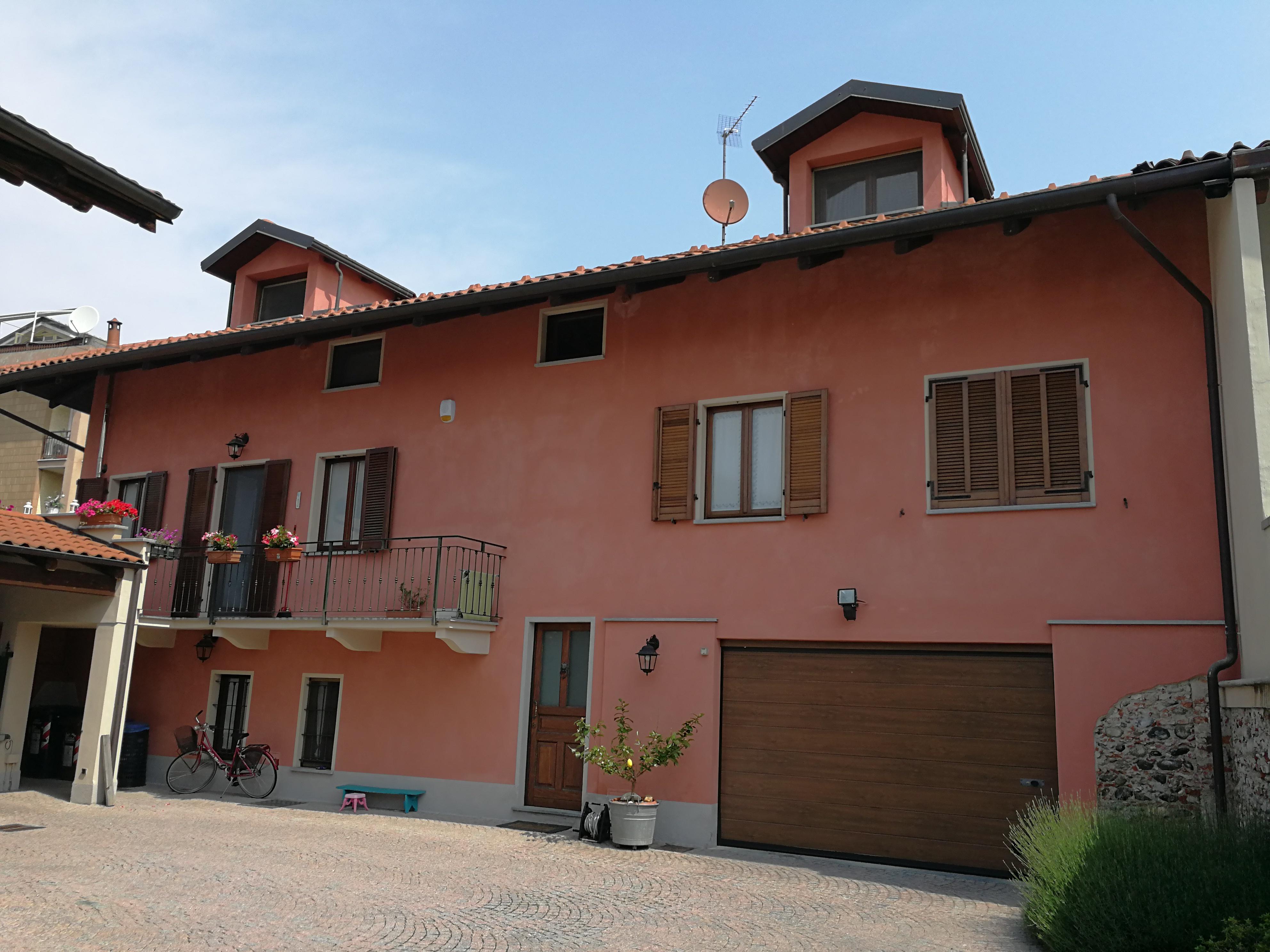 San Maurizio C.se: centralissimo alloggio in casa bifamigliare € 215.000